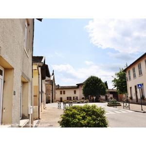La Commune - CORMORANCHE SUR SAONE