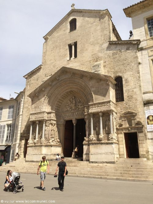 Commune arles mairie et office de tourisme fr - Office de tourisme de arles ...