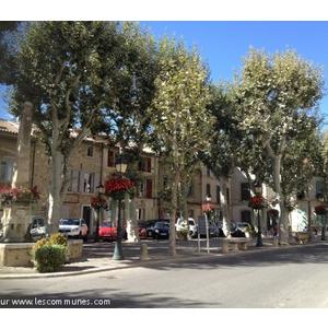 Commune st cannat mairie et office de tourisme fr for Astral piscine st cannat