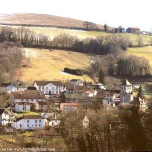 Boisset (15), un village de moyenne montagne, niché au coeur de la Châtaigneraie cantalienne.