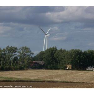 Tremont et son éolienne