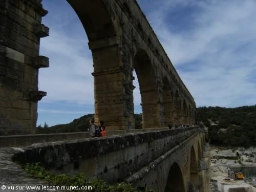 Commune vers pont du gard mairie et office de tourisme fr - Office de tourisme du pont du gard ...