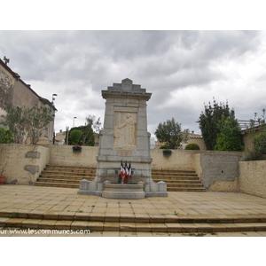 le Monument Aux Morts  - VALROS