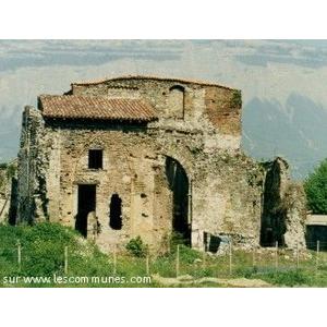 photographies de Domène (Isère) et son prieuré bénédictin du XIe siècle