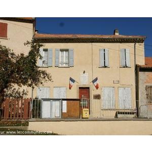 Mairie Le Castellard-Mélan