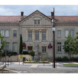 Mairie de Moingt