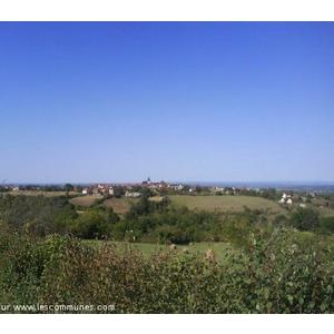 campagne de reilhaguet, vue sur village , alentours reilhaguet