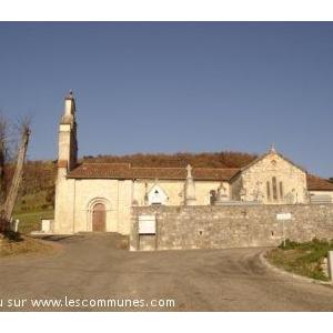 église champêtre du style roman et datant du 12ème siècle