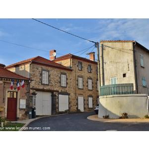 Commune Boudes Mairie Et Office De Tourisme Fr
