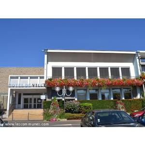 Commune Puy Guillaume Mairie Et Office De Tourisme Fr