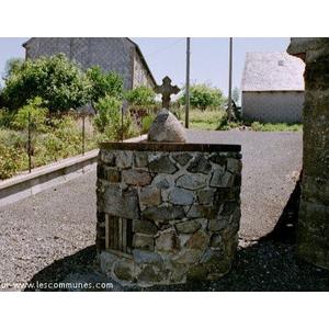 la source Ste Marguerite à St Genès