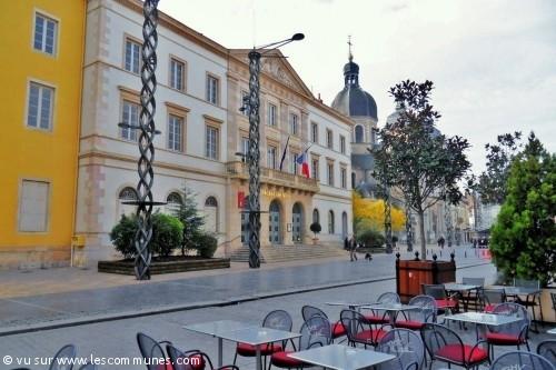 Commune chalon sur saone mairie et office de tourisme fr - Chambre des commerces chalon sur saone ...