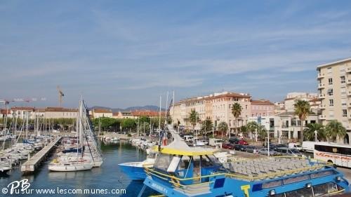 Commune st raphael 83700 mairie et office de tourisme fr - Office tourisme saint raphael ...