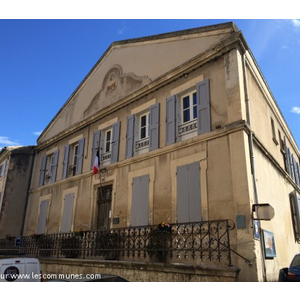 Commune lourmarin mairie et office de tourisme it - Office tourisme lourmarin ...