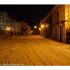Place de Vicq sous la neige Janvier 2008